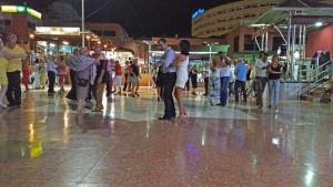Dansen op het plein in Kasbah