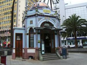 Parque San Telmo at the beginning of Calle Triana in Las Palmas