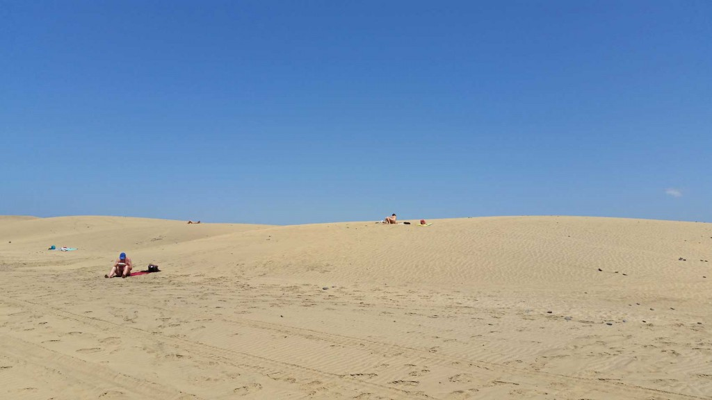 Naturism is allowed along the beach and the dunes of Maspalomas