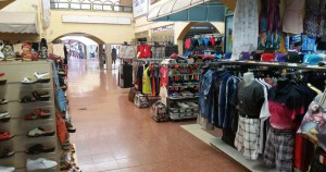 Shoppen in het winkelcentrum Cita